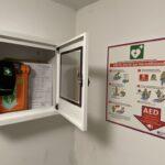 Defibrillator im Stadion gewartet